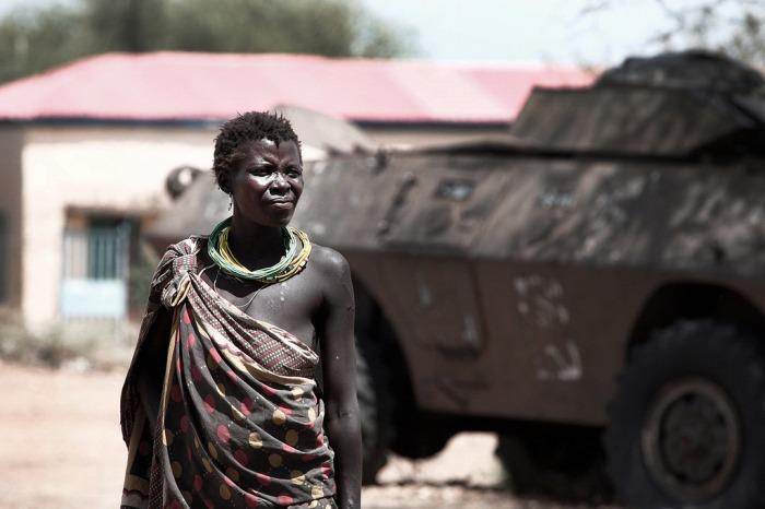 woman war